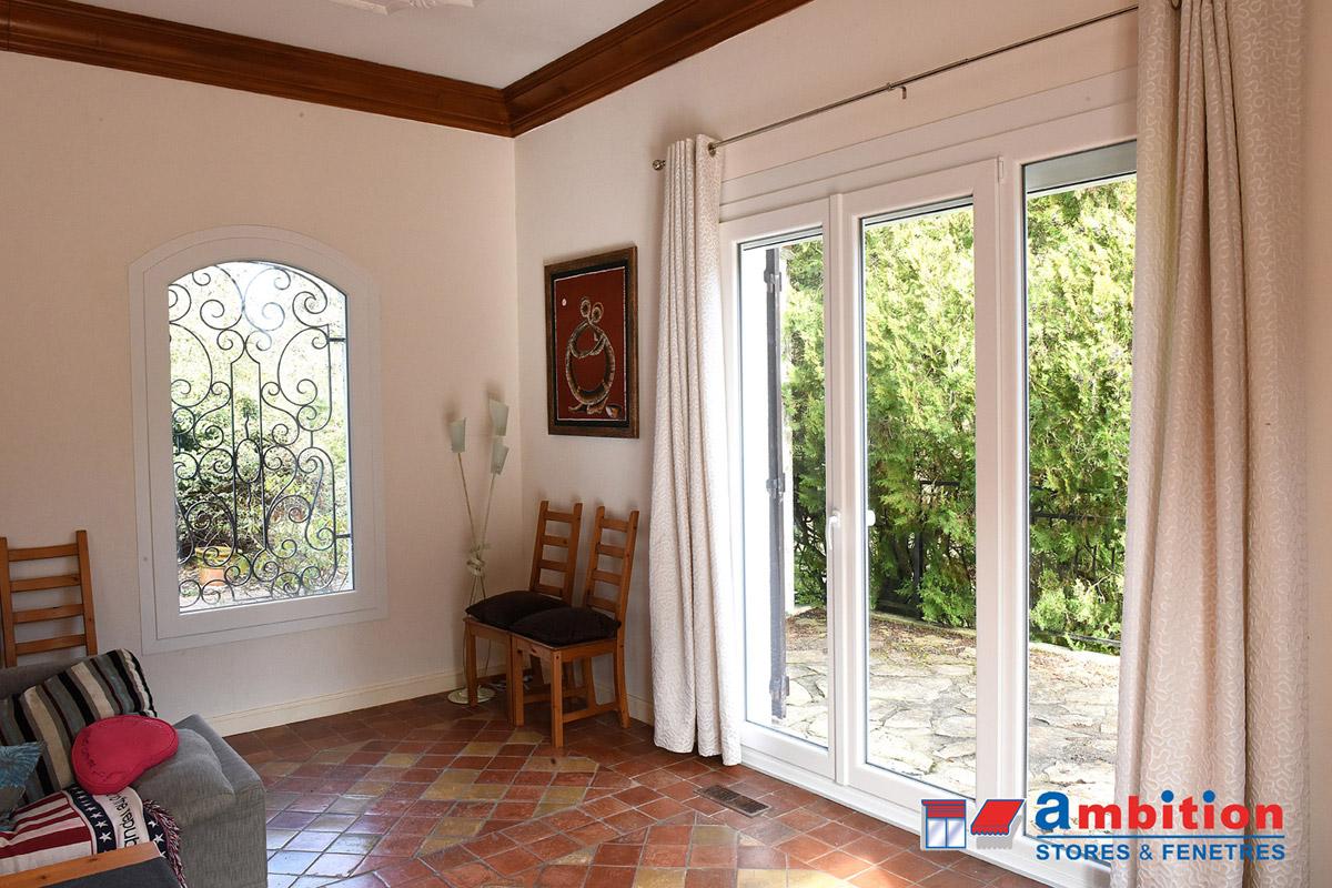 baie vitrée et fenêtres