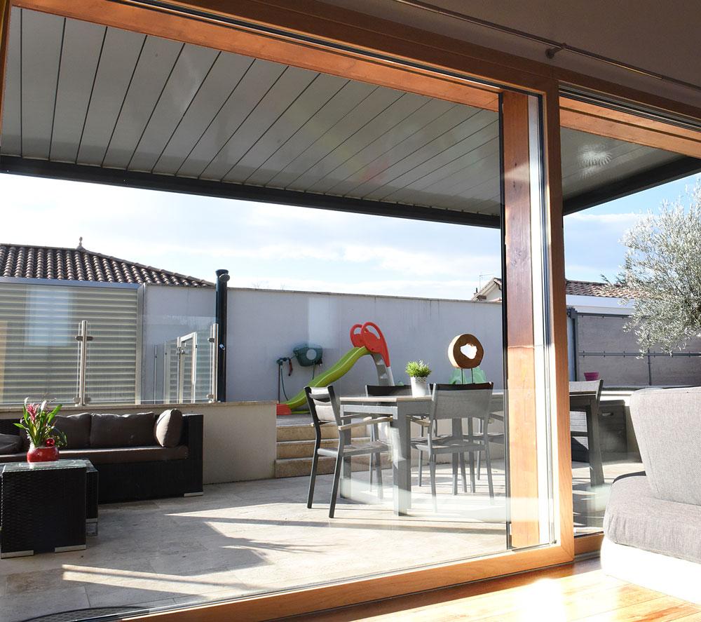 installation baie vitrée pusignan
